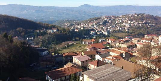Appartamento con Ampia Veduta a Casali Del Manco (Spezzano Piccolo) (CS)