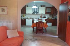Vista soggiorno -cucina