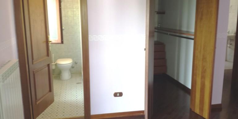 vista bagno e cabina armadio