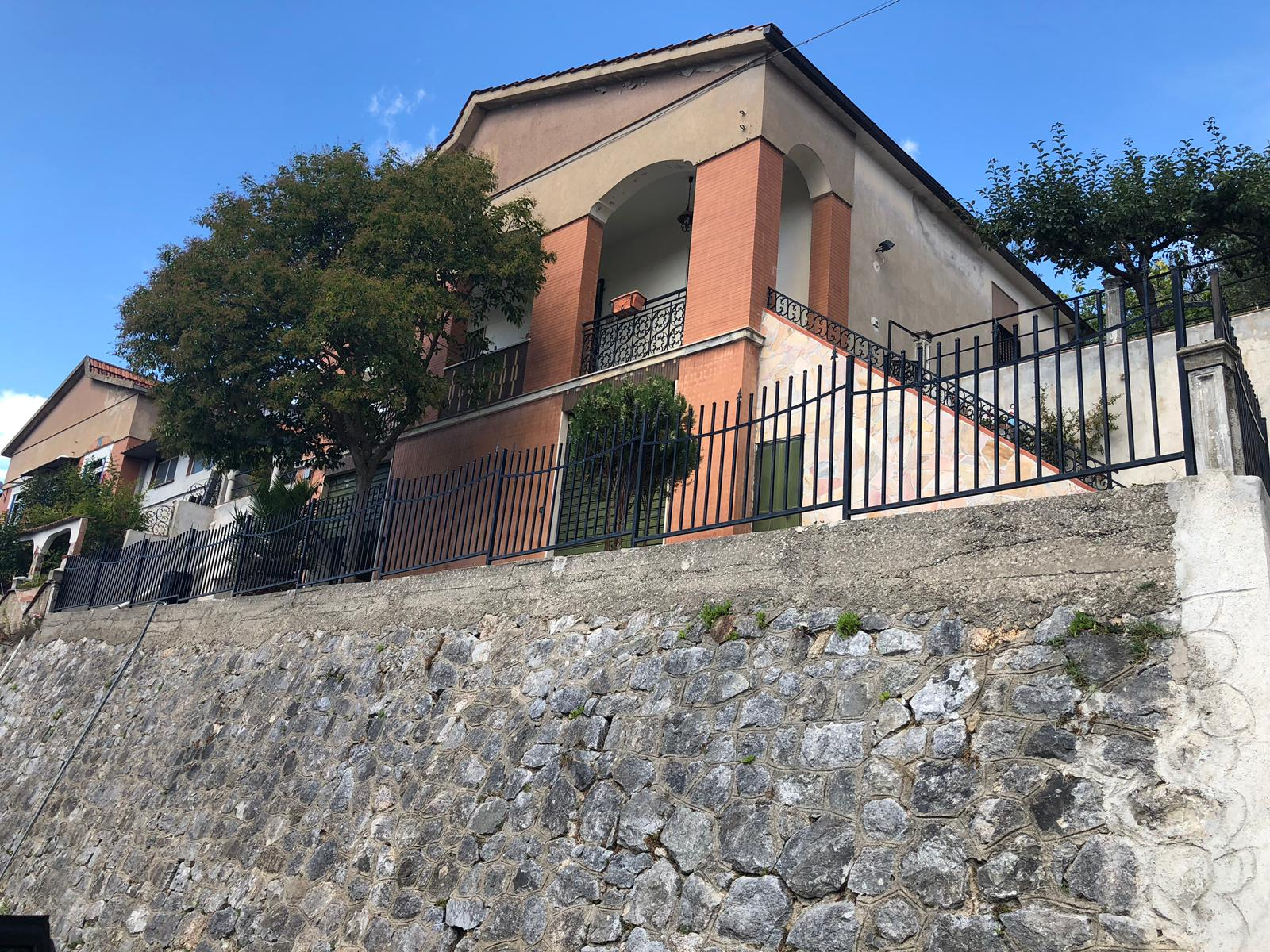 Casa Indipendente in Loc. Spezzano Piccolo di Casali Del Manco